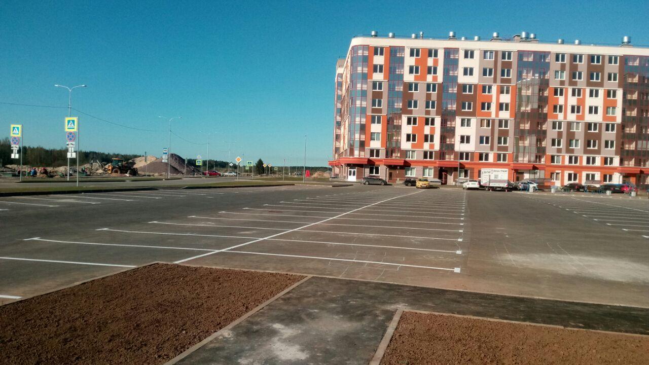 Разметка парковки на  по адресу: Ленинградская область, Всеволожский район, Янино-1,  1 очередь строительства (ЖК «ЯСНО.ЯНИНО»)